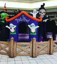 Come if you DARE to Northgate Malls SPOOKTACULAR 👻 Trick or' Treating Event! Starts at 1PM and no sooner... check northgatemall.ca for the participating stores handing out candy!!!